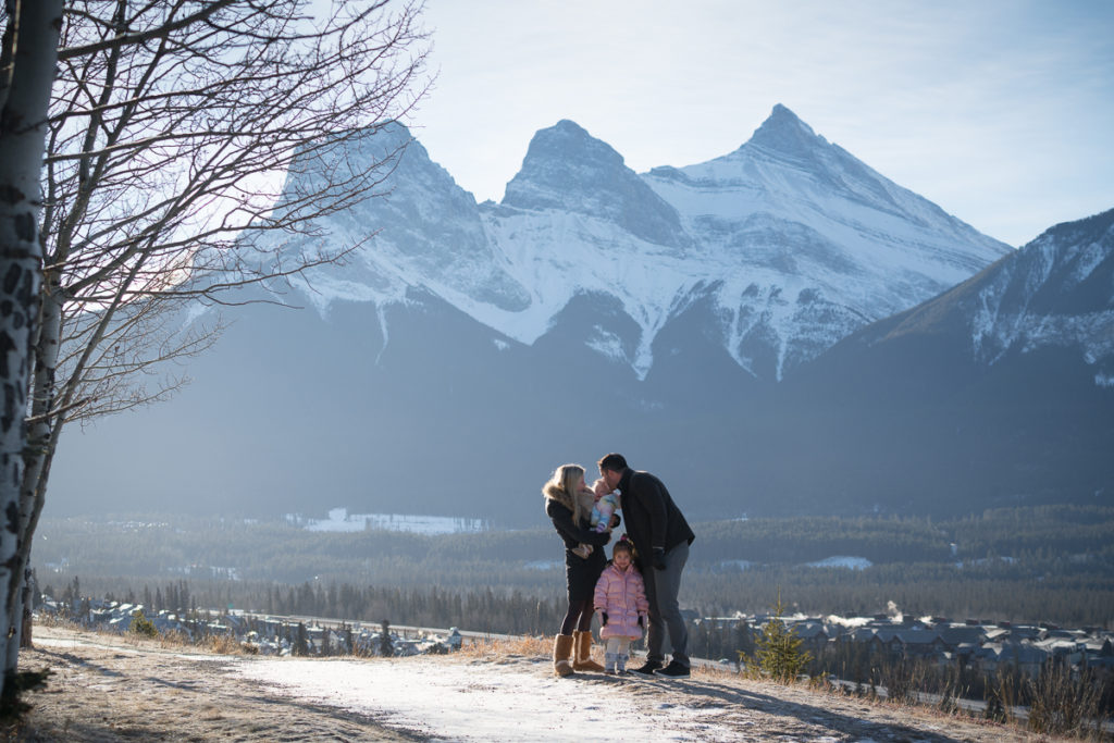 Famil photography shoot under the three sisters in Canmore